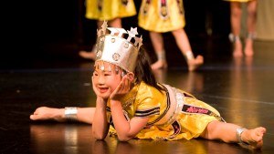 Miao Ethnicity Dance from the 2009 Gala Performance